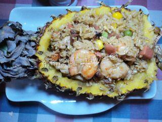 中式菠萝炒饭的做法步骤:7