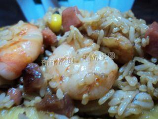 中式菠萝炒饭的做法步骤:10