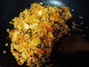 创意韩国泡菜炒饭的做法步骤:7