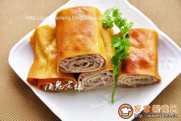 豆腐皮熏肉卷的做法