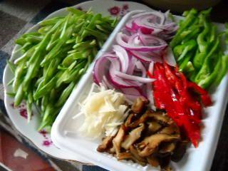 四季豆炒肉丝的做法步骤:1