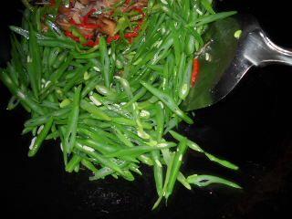 四季豆炒肉丝的做法步骤:6