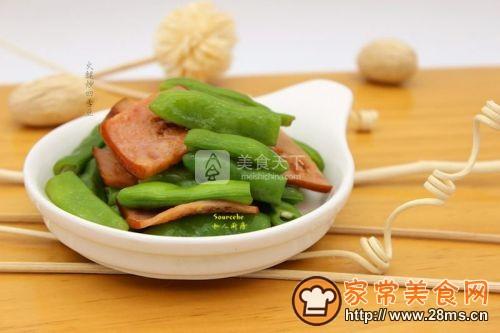 火腿炒四季豆的做法