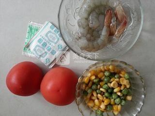 茶香虾仁番茄盅的做法步骤:1