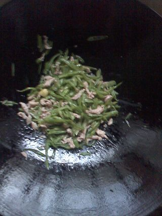 四季豆丝炒肉的做法步骤:6