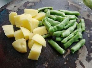 火腿砂锅杂菜的做法步骤:2