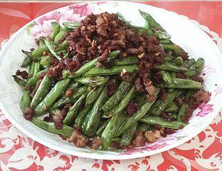 简易版干煸四季豆的做法步骤:7