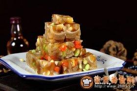 老北京人春节家宴豆酱