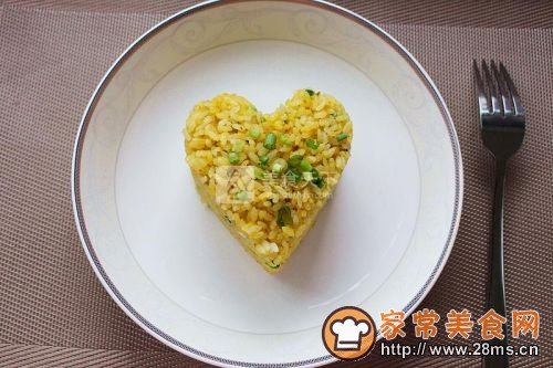 葱香黄金蛋炒饭的做法