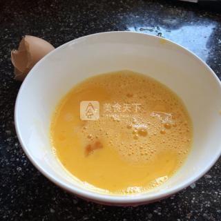 什锦蛋炒饭的做法步骤:2