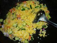 家常蛋炒饭的做法步骤:7