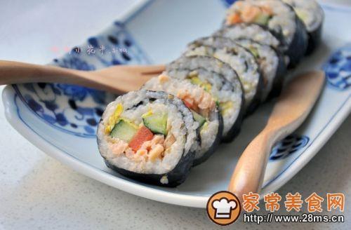 黑椒三文鱼寿司卷