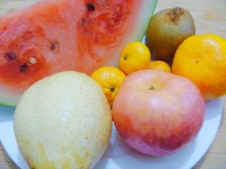 苹果花水果拼盘的做法