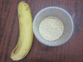 香蕉小米粥的做法