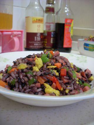 五彩紫米蛋炒饭的做法步骤:10