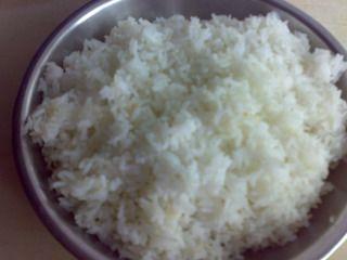 蟹子虾米蛋炒饭的做法步骤:2