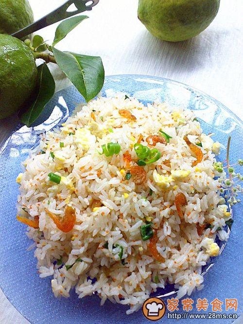 蟹子虾米蛋炒饭的做法