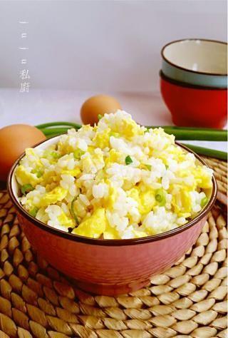 蛋炒饭的做法步骤:7