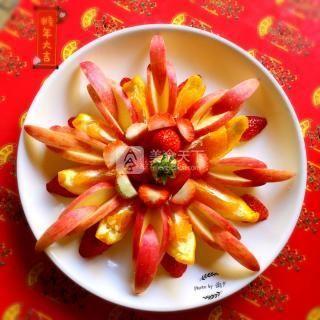 新春水果拼盘之花开富贵的做法