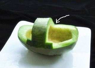 香瓜乌龟船水果盘的做法步骤:1