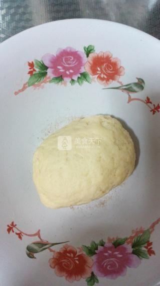 坚果蟹壳黄的做法步骤:2