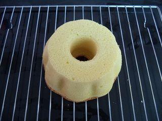 果仁巧克力蛋糕的做法步骤:17