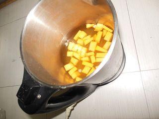 玉米南瓜羹的做法步骤:5