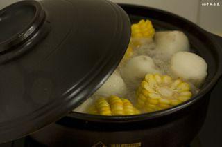 玉米山药龙骨汤的做法步骤:9