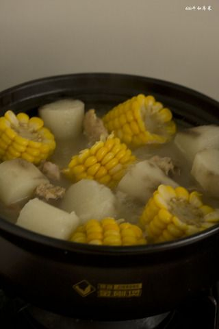 玉米山药龙骨汤的做法步骤:10