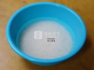 广式腊味粽子的做法步骤:1