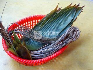 广式腊味粽子的做法步骤:6
