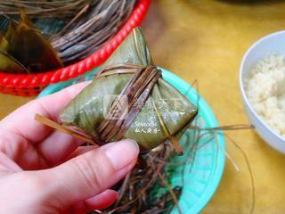广式腊味粽子的做法步骤:9