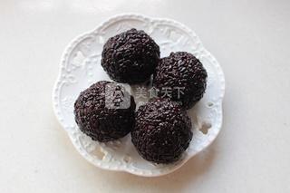 芒果白雪黑糯米甜甜的做法步骤:3