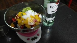 超级简单水果布丁的做法步骤:1