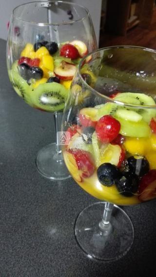超级简单水果布丁的做法步骤:2