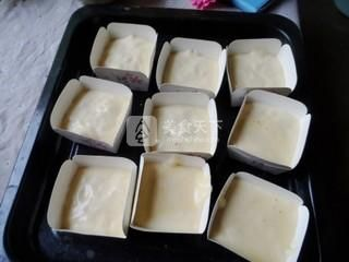 奶油纸杯海绵蛋糕的做法步骤:7