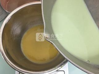 抹茶烤布丁的做法步骤:5