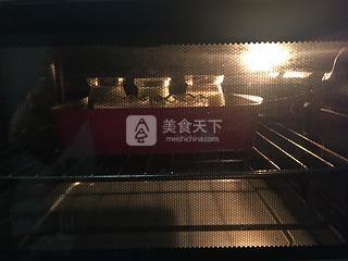 抹茶烤布丁的做法步骤:11