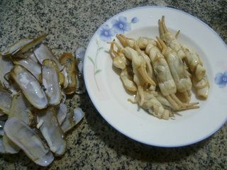 芹菜炒蛏子的做法步骤:7
