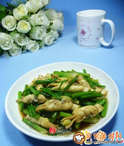 芹菜炒蛏子的做法