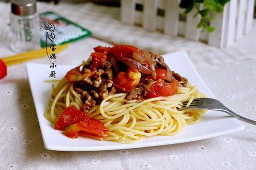 这个面有肉有菜又快手,天热也不怕,它清爽好吃还营养