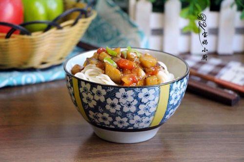 面条好吃全在卤,这两种食材是绝搭,天热也不怕,它能挑起味蕾
