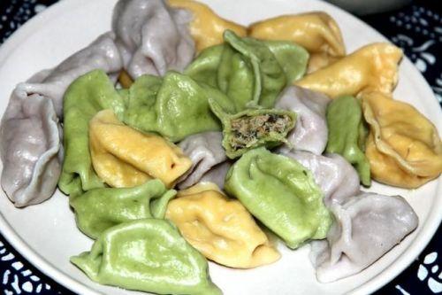 好吃不如饺子,好看不如什么?教你一招,做出孩子爱吃的彩色饺子