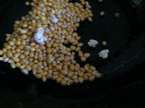健康零食自己做--爆玉米花
