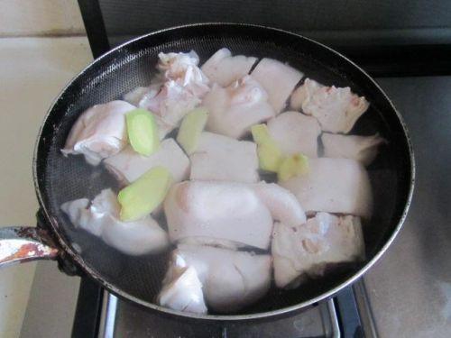 做猪手,教你一招!这样做又快又入味, 试试你就知道有多好吃!