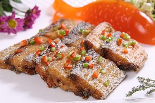 外酥里嫩的带鱼
