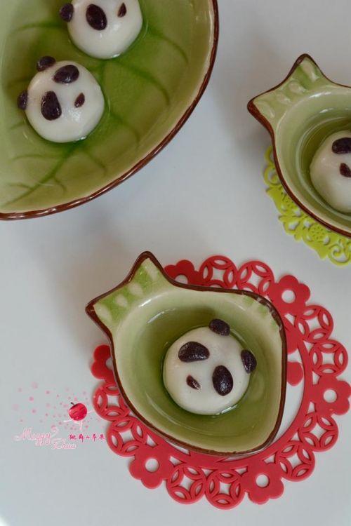 萌萌的猴头和熊猫汤圆