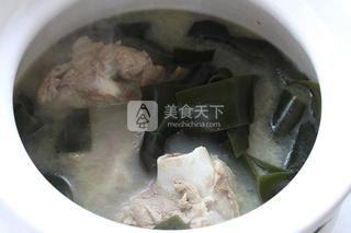 海带结大骨汤的做法步骤:8