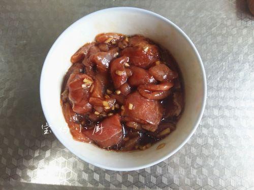 菌菇炒肉片的做法图解3