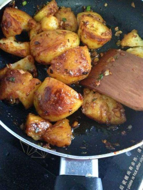 香煎香辣小土豆的做法图解4